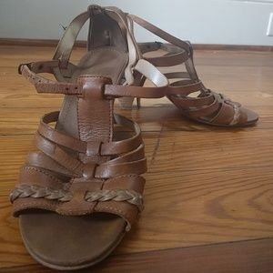 Leather strappy sandals. 3 in heels